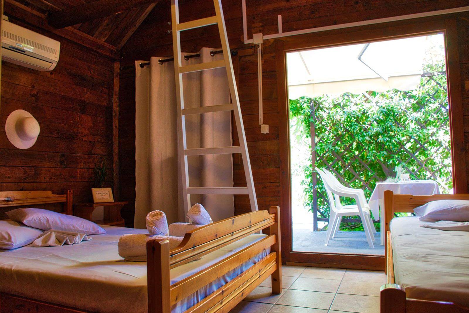 sarti greece apartments - Epohikon Studios